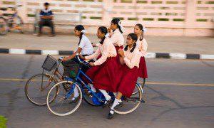 Bike-blog---Schoolgirls-r-005